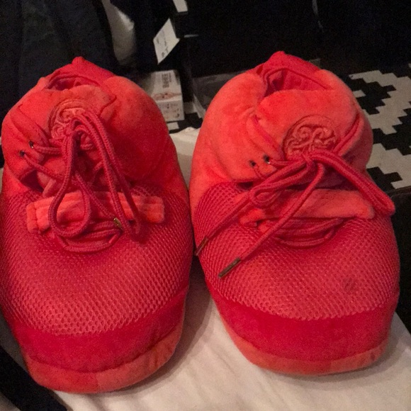 low priced 57521 4d0b6 Air Yeezy 2 slippers
